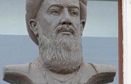 محمد بن جریر طبری.....پس روز را به شب آوردم حال آنکه از عروض بیخبر بودم و شب را به روز آوردم حال آنکه یک تن عالم عروضی بودم.»