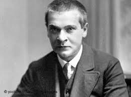 سه  رؤيا    گئورگ تراكل 1914-1887 . برگردان شاپور احمدي